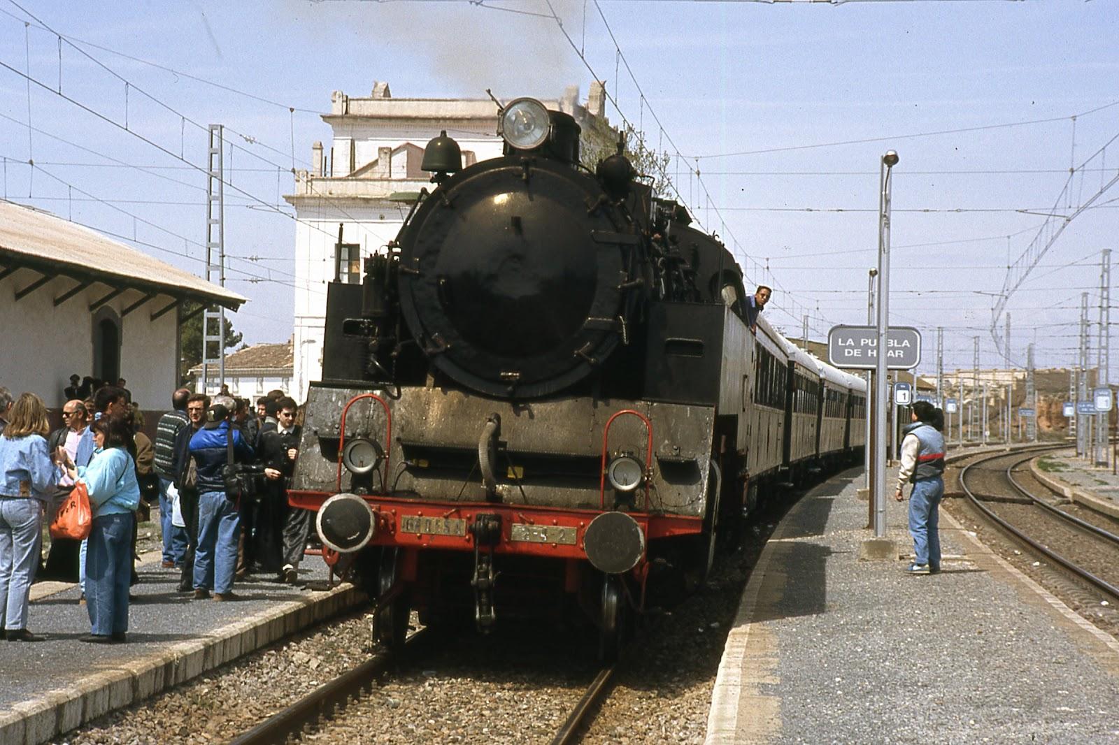 +++Puebla de Hijar 1992, tren del tambor-Olaizola
