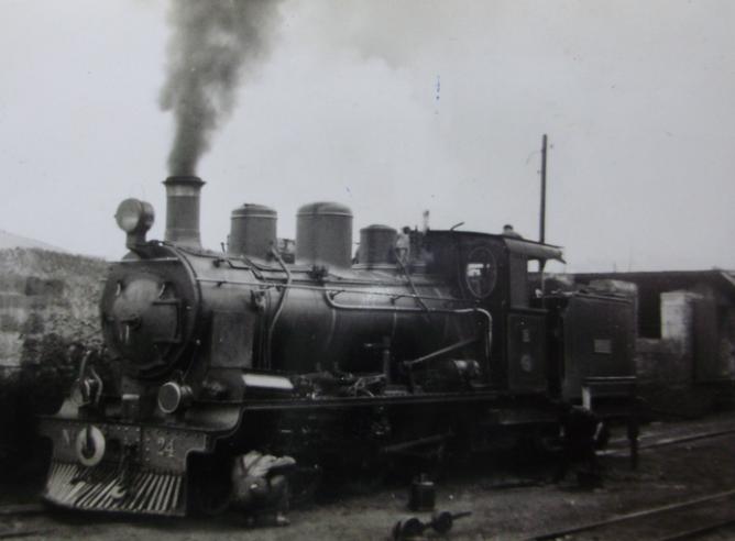 Cantabrico, locomotora nº 24, año 1950, fondo Gustavo Reder