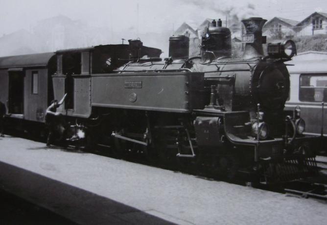 Económicos de Asturias, locomotora nº 36, año 1960, Fondo Gustavo Reder