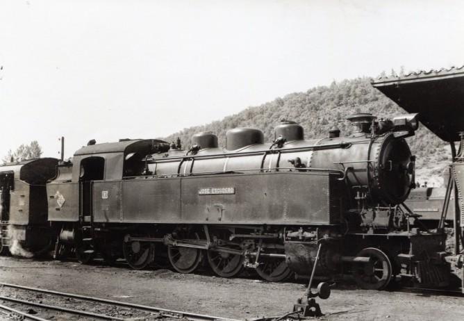 """Ferrocarril de La Robla, locomotora """"José Escudero"""" , Fondo Euskotren , MVF"""