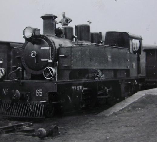 Ferrocarril del Cantábrico , Locomotora nº 65 , c. 1950 fotografo desconocido