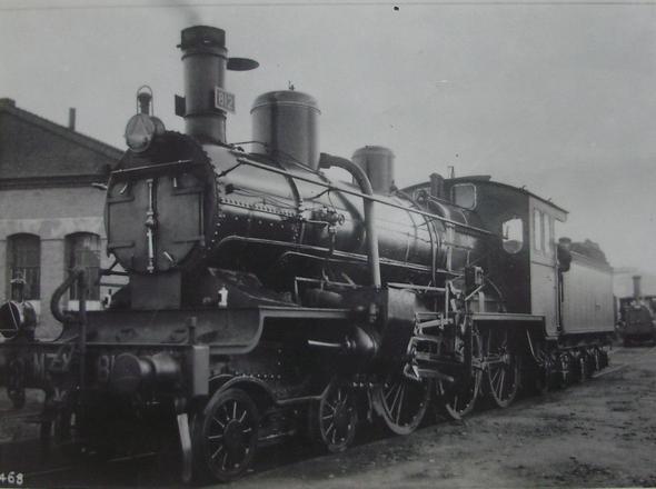 MZA , locomotora 812