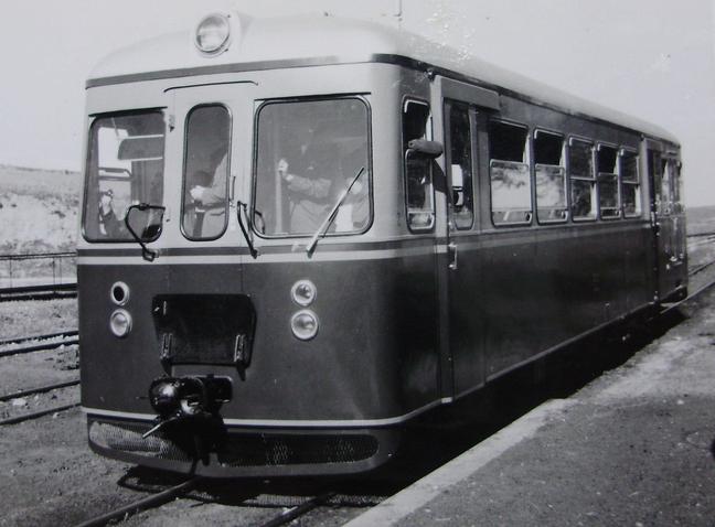 Madrid a Almorox , año 1959, automotor, fondo Gustavo Reder