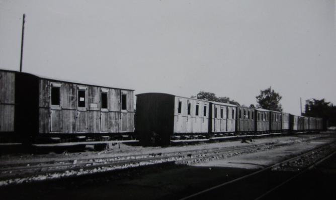 Madrid a Almorox , coches de viajeros, año 1953, fondo Gustavo Reder