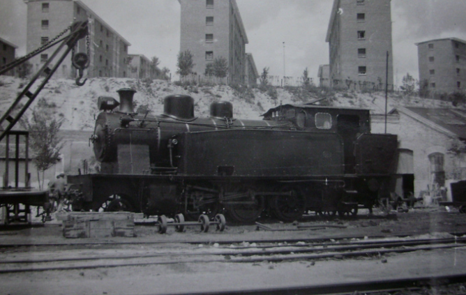 Madrid a Almorox , locomotora nº 15 , año 1953