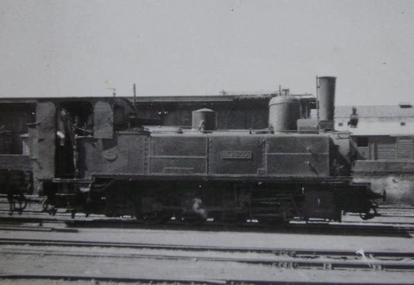Peñarroya a Puertollano , locomotora nº 18 , c. 1960, fondo Gustavo Reder