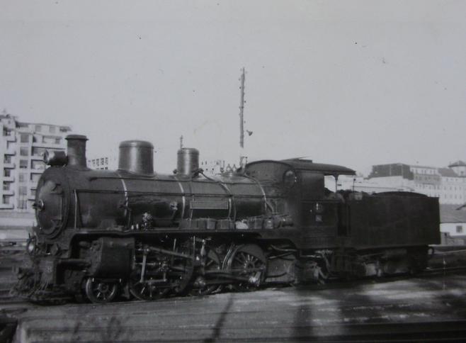 Santander a Bilbao, locomotora nº 42 , año 1960, Fondo Gustavo Reder