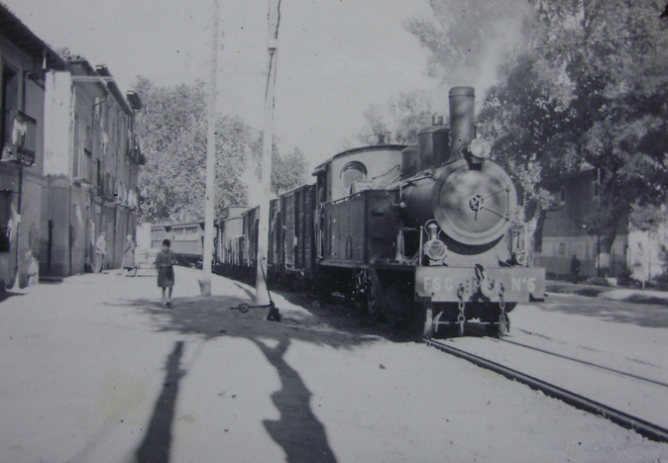 Secundarios de Castilla , locomotora nº 5 , c. 1960, fotografo desconocido