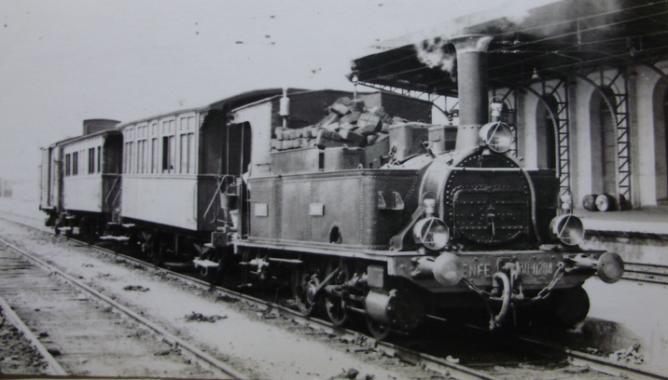 Estación de Tarragona, locomotora Tarraco 030-0204 , c. 1960, autor de la fotografía desconocido