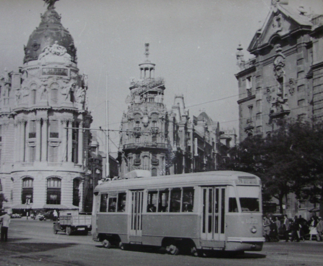 Tranvias de Madrid en la Calle Alcala, fotografo desconocido