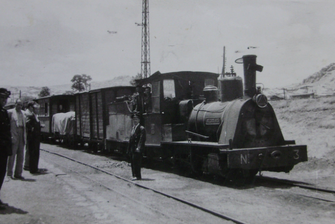 Valdepeñas a Puertollano, locomotora nº 3, c. 1960, fondo Gustavo Reder