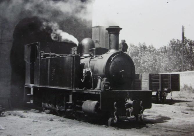 Valencia a Villanueva de Castellón , locomotora nº 2 , CTFV, año 1953, foto Trevor Rowe