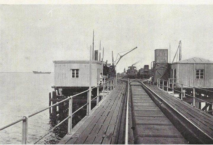 Muelle de Puntales cabeza del embarcadero