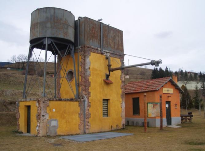Aguada de la estación de San Juan de las Abadesas, foto Albert Cartagena Valls