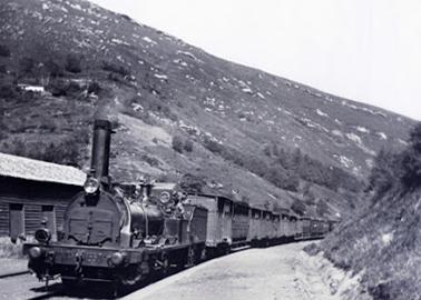 Alar á Santander ,Locomotora EL SAJA, archivo Manuel López -Calcderon Barreda