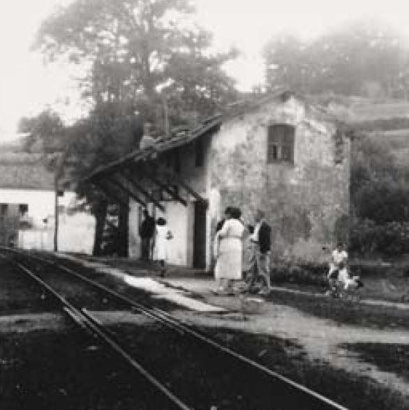Antiguo apeadero de Busturia -San Cristobal , año 1945, fondo MVF