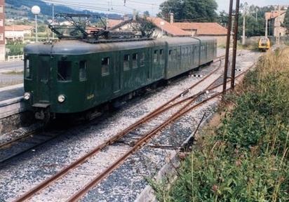 Automotor MAB-15 en la linea del Txoerri, foto Eduardo Gonzalez Iturritxa