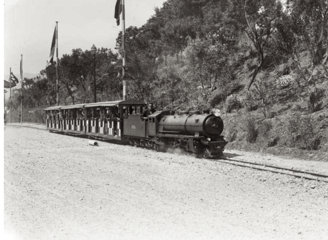 barceloa-tren-de-la-exposicion-internacional-foto-cases-y-galobarde-1929