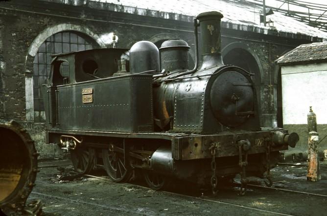 Bilbao a Portugalete, Locomotora OLAVEAGA -pasó a RENFE-120.0223-foto Peter Wilen