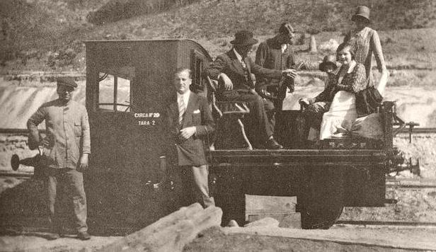 Buitron a San Juan del Puerto, autovía MANUEL, 20.11.1954, autor desconocido