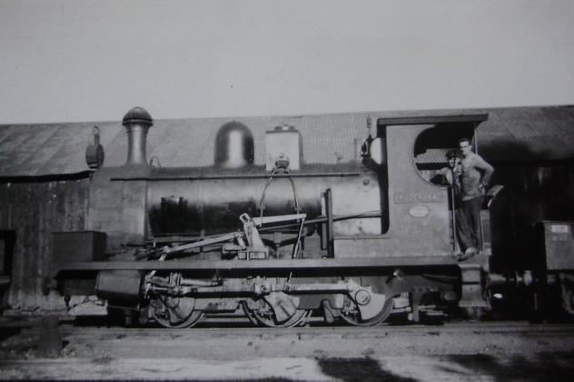Buitron a San Juan del Puerto , locomotora nº 11, año 1959, fondo Gustavo Reder