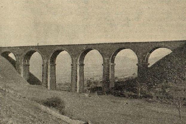 Caminreal a Zaragoza, año 1933, Viaduct o de la Atalaya , revista I. y C.
