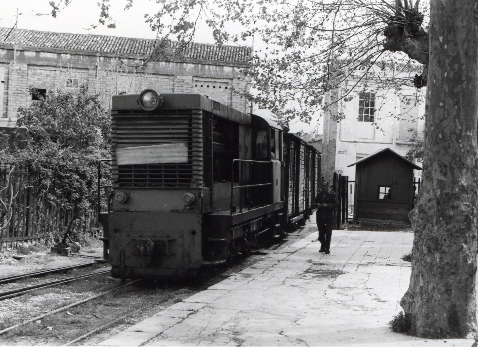Carcagente a Denia , locomotora Diesel , año 1969, foto Jeremy Wiseman