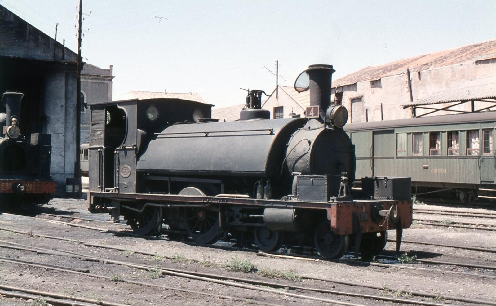 Carcagente a Gandia , Locomotora Blak S. Foto Xavier Santamaría