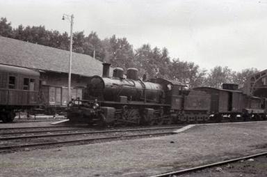 Central de Aragon , locomotora Mallet en Valencia-Alameda, foto Trevor Rowe, fondo Euskotren MVF