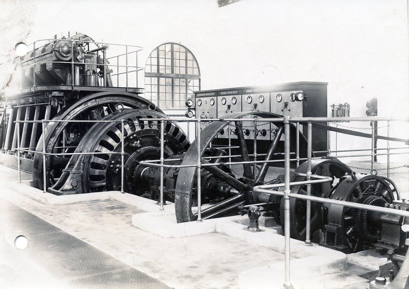 Central eléctrica del Urola , Fondo : J.J.Olaizola