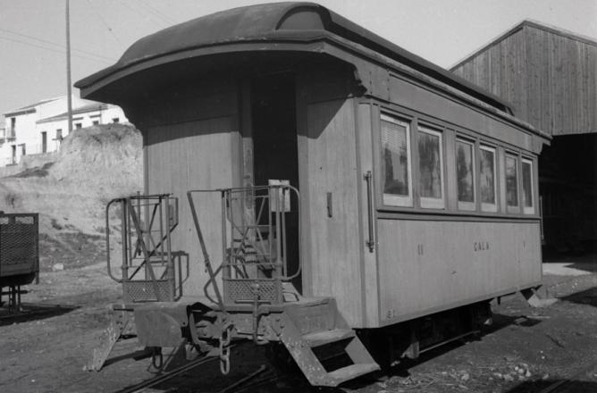 Coche de 2ª clase estacionado en San Juan d Aznalfarache