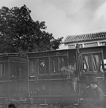 Coches de MZA en la estación de Algodor, año 1900, foto Augusto T. Arcimis, fondo Fototeca del Patrimonio Historico