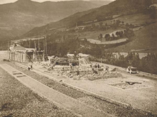 Construcción de la estación de Ribas , archico Via 4