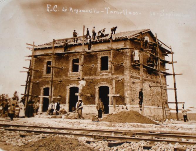 Construccion de una estación en la linea de Argamasilla á Tomelloso, Archivo AAFTA