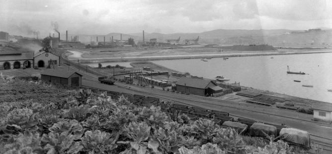 Deposito de materialmóvil, darsena de La Benedicta y Ferrocarril Sestaoá Galdames AHV, archivo Páramo