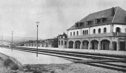 Directo de Madrid a Burgos, Estacion de Colmenar Viejo, archivo Euskotren ,MVF