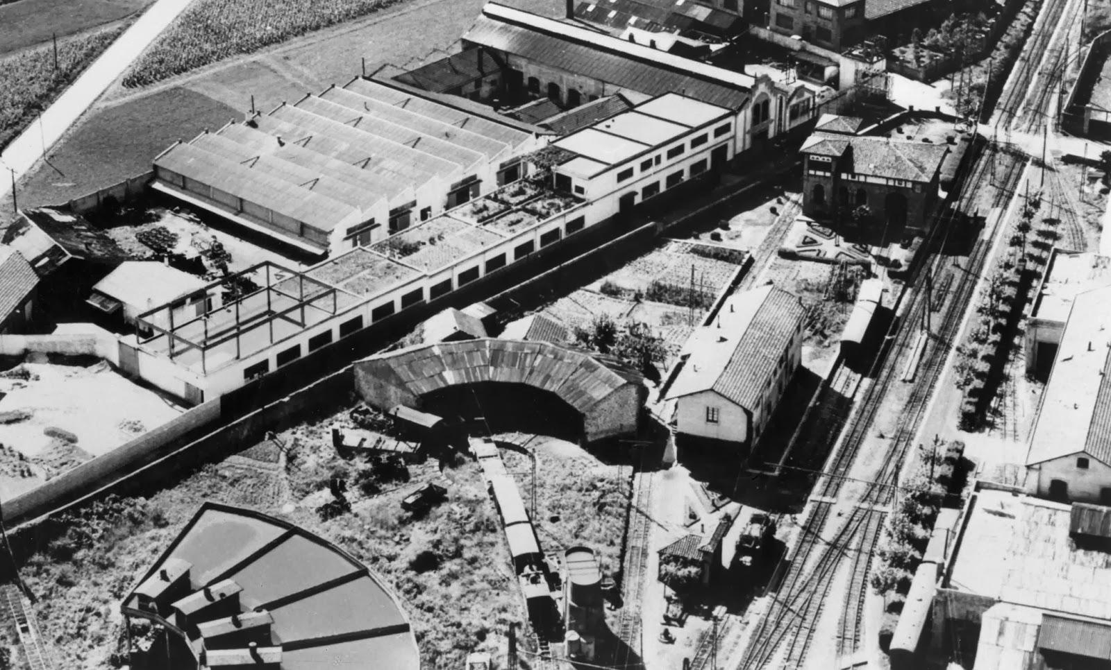 Durango vista aerea de la estacion, fondo Euskotren, MVF