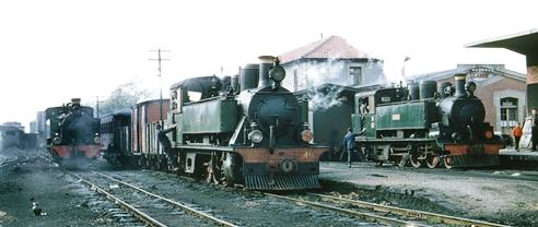 Económicos de Asturias y Fc del Cantábrico, Estación de Llanes, Foto Peter Willen, archivo Euskotren MVF