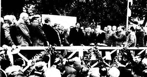 El Ministro de Obras Publicas inaugura en Barcelona las Obras de los enlaces ferroviarios, foto Branguli (ABC 21.11.1933)