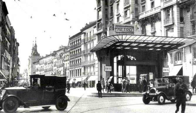 Entrada al Metro Red de San Luis, año 1926