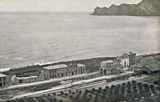 Estacion de Altea, Ferrocarril de La Marina, año 1920, foto Casa Soler
