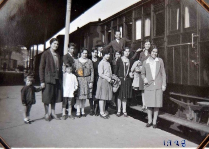 Estacion de Cabra, foto colección Elvira Padillo Ruiz