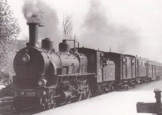 Estación de Cabra, linea de Linares a Puente Genil , 27 marzo 1966, foto L.G. Marshall