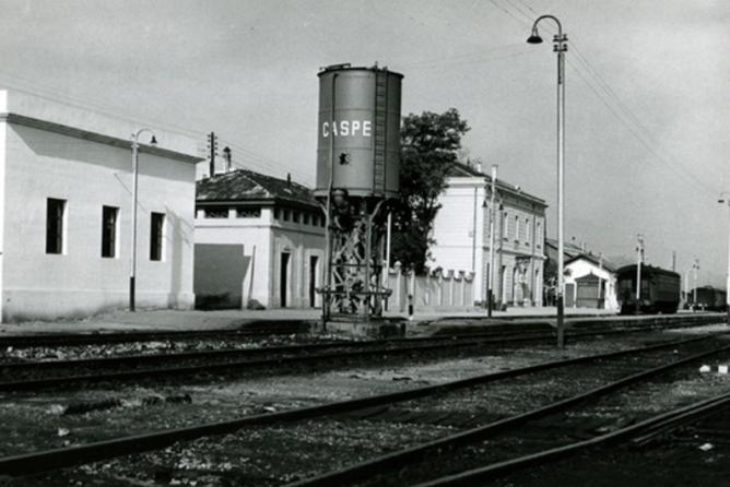 Estacion de Caspe , fondo Renfe 5ª Zona