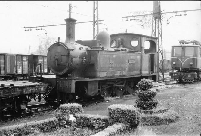 Estacion de Durango, Locomotora Aurrera, foto Reimar Holringen , fondo MVF