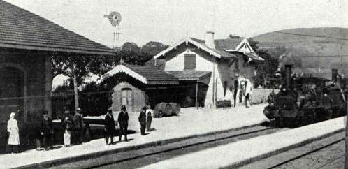 estacion-de-el-burgo-santiago-ano-1911-archivo-revista-adelante