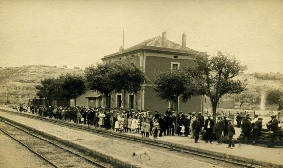 Estacion de Flix ,año 1919, postal comercial