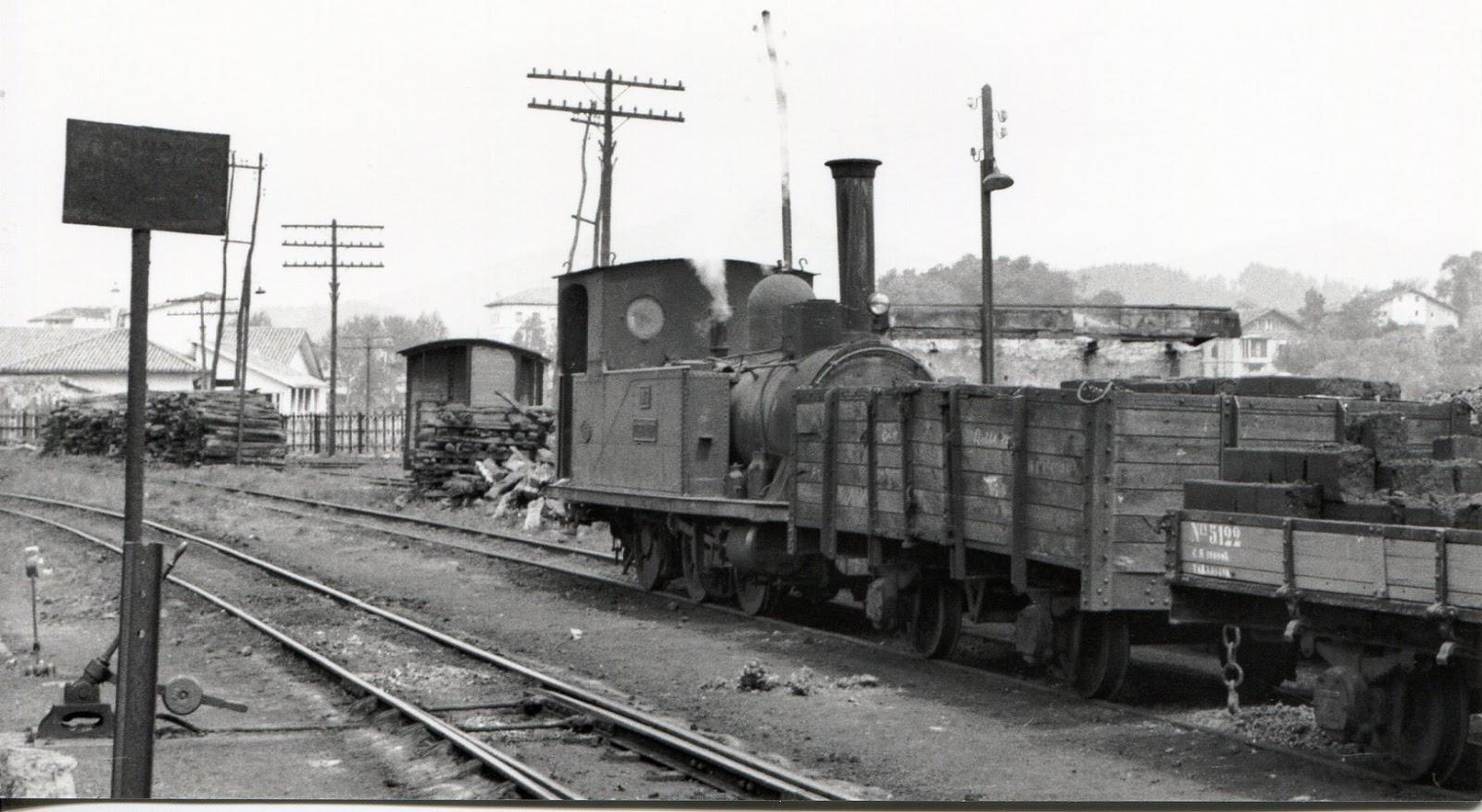 Estacion de Guernika , locomotora Zugastieta, foto Jeremy Wiseman