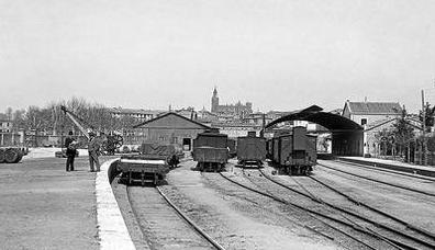 Estacion de Huesca año 1920, foto Hermanos Viñuales , fondo Diputacion de Huesca