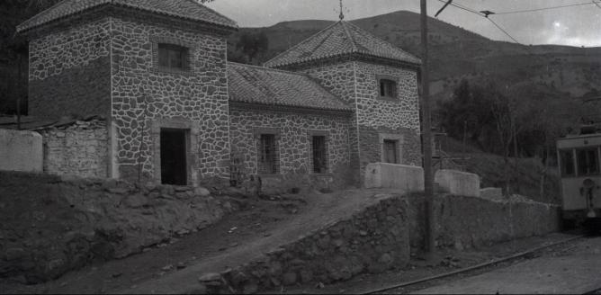 Estacion de Pinos Genil , en obras año 1943, foto Torres Molina